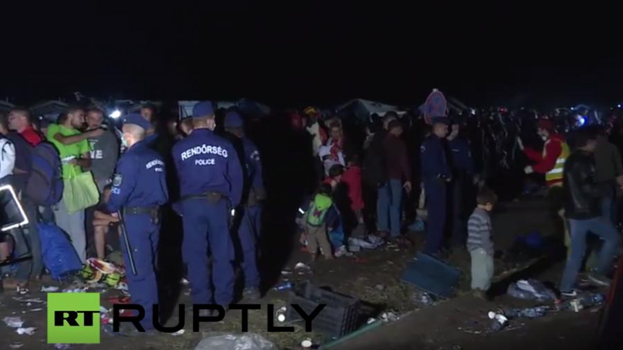 Live vor Ort bei den Flüchtlingen in Röszke