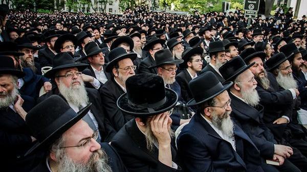 """Pilgerlager für 30.000 Juden in der Zentral-Ukraine angegriffen – """"Kollektive Entscheidung der Bewohner"""""""