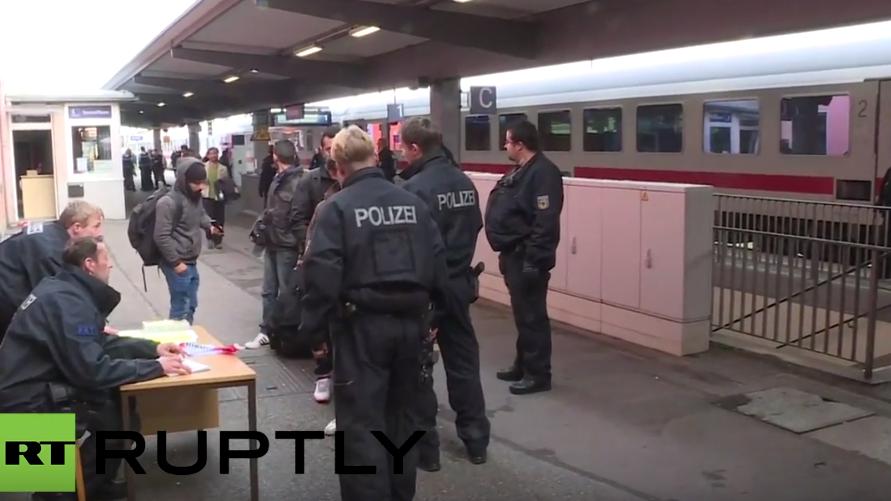 Live von der deutsch-österreichischen Grenze, nachdem Grenzkontrollen wieder eingeführt wurden