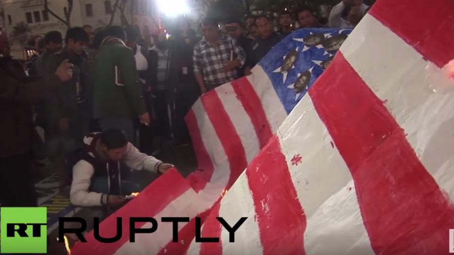 Peru: Tausende protestieren gegen Ankunft von US-Flugzeugträger