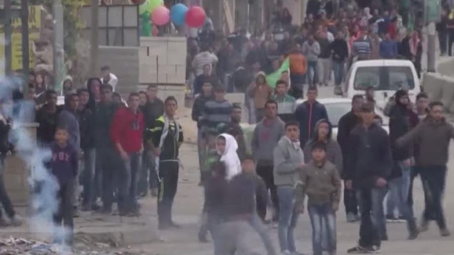 Unangemessene Gewalt in Israel - Scharfschütze schießt auf Steinewerfer