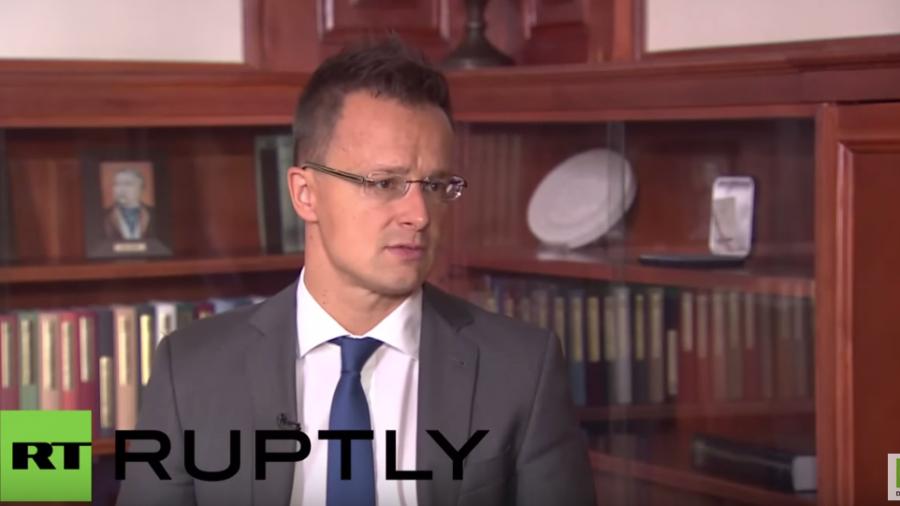 Ungarns Außenminister: Wir können die Last der Wirtschaftsmigranten nicht tragen