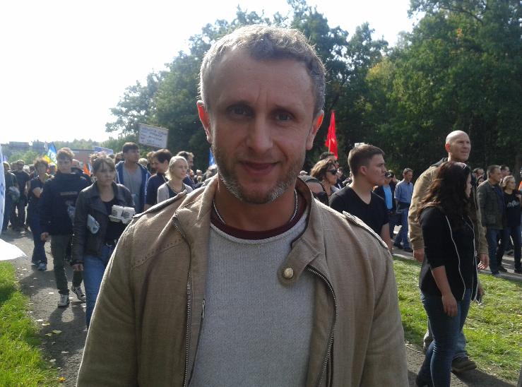 Zum ersten Mal auf einer Demonstration: Thorsten, aus der Nähe von Karlsruhe.