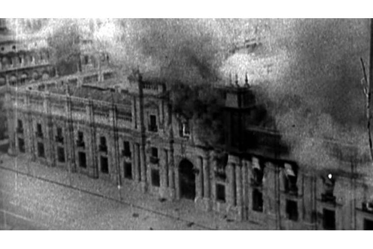 Der Präsidentenpalast nach der Bombardierung