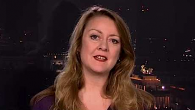 Annie Machon, früher Offizierin beim britischen MI5, später Whistleblowerin. Bildquelle: RT.com