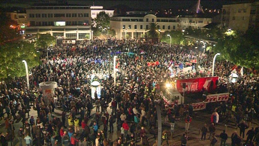 20.000 Menschen demonstrieren in Montenegro gegen Pro-NATO-Kurs der Regierung