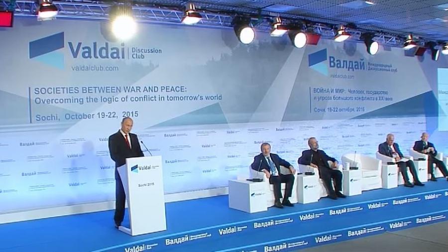 """Putins-Kernaussagen seiner Valdai-Rede in Sotchi: """"Doppeltes Spiel der USA in Nahost"""""""