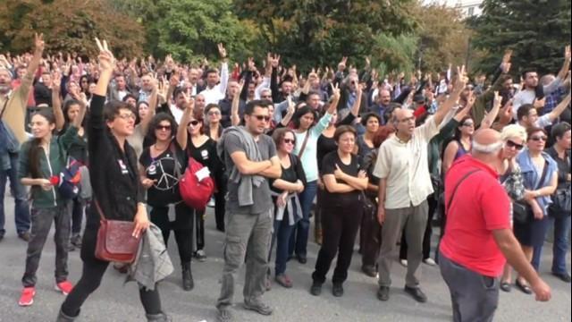 Live aus Ankara: Proteste nach Bombenanschlag auf Friedensdemonstration
