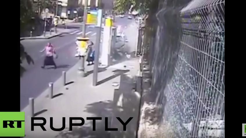 Jerusalem: Attentäter rast in Bushaltestelle und greift Menschen anschließend mit Fleischerbeil an
