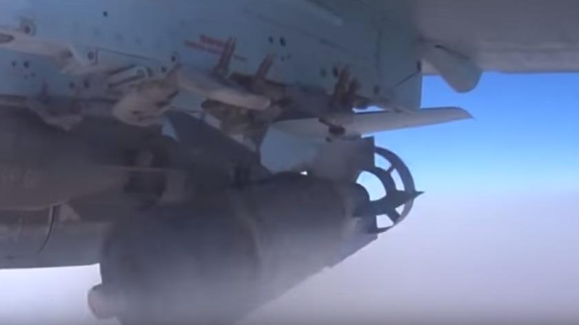 Syrien: Russische Su-25 zerstört Außenposten von Militanten