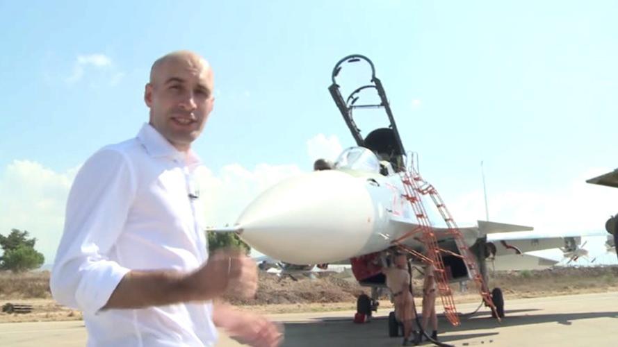 RT Exklusiv: Nah- und Detailaufnahmen von der SU-30SM im Einsatz in Syrien