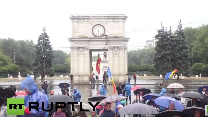 Live: Protest in Kischinau gegen pro-europäische Regierung und deren Korruption geht weiter