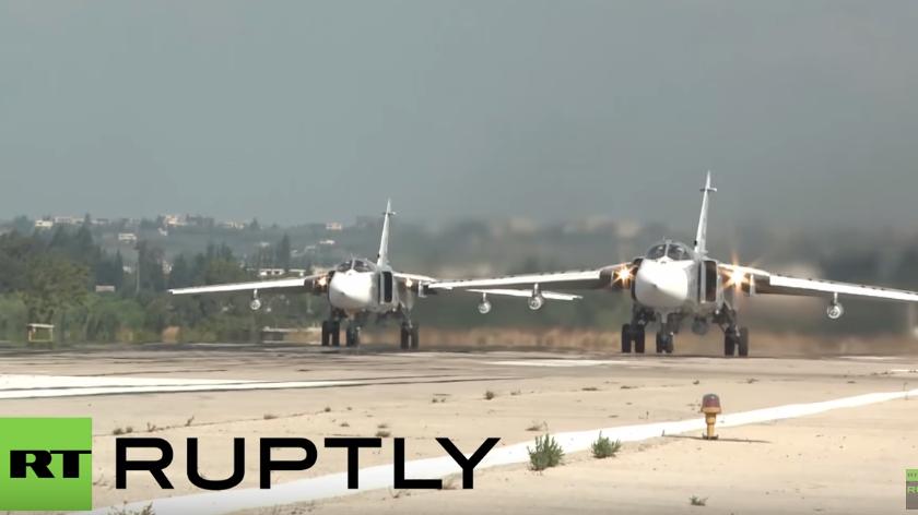 Live vom Hmeymim-Stützpunkt in Syrien: Russische Luftwaffe fliegt Einsätze gegen den IS