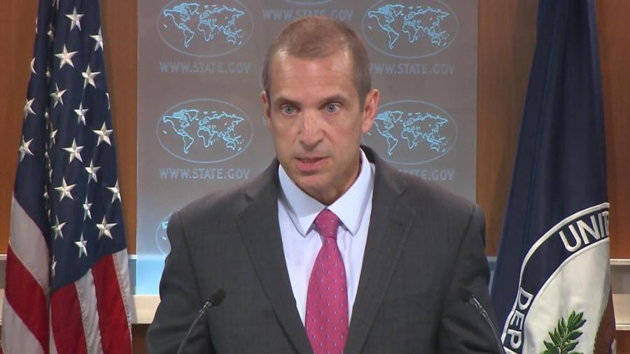 """US-Außenamtssprecher: """"Russland geht nicht gegen IS vor"""" – RT fragt konkreter nach und erntet Stottern…."""