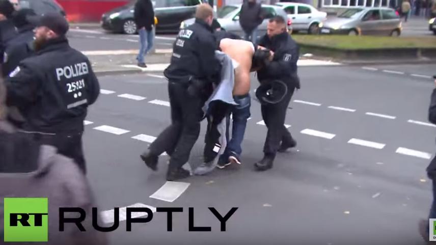 Berlin: Hunderte nehmen an Ankara-Demonstration teil – Zusammenstöße mit der Polizei