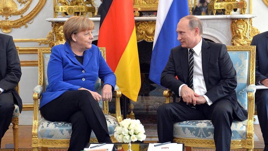 """Putin zum Tag der Deutschen Einheit: """"Entfremdung verhindern - deutsch-russische Partnerschaft bewahren"""""""