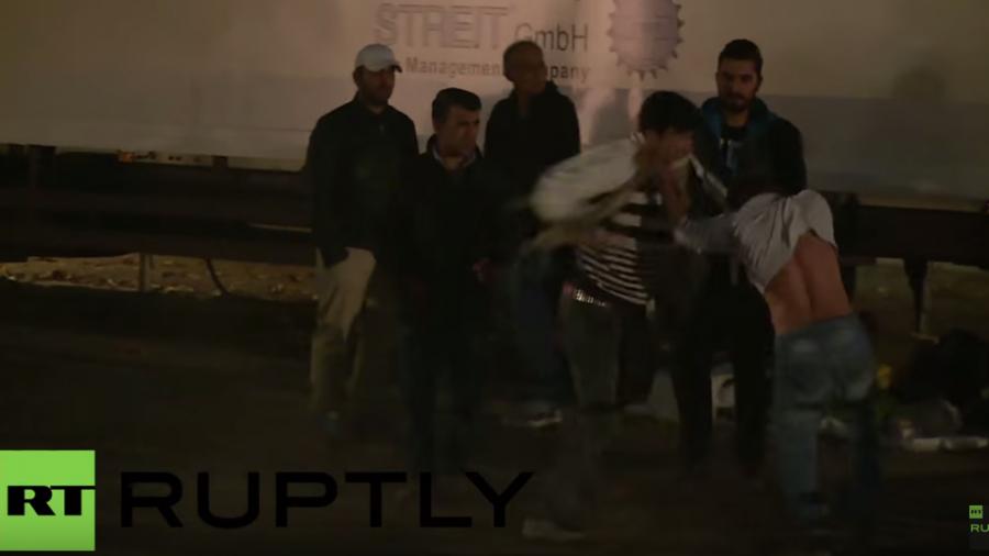 Erstaufnahmestelle in Berlin: LaGeSo-Schlägerei unter Flüchtlingen