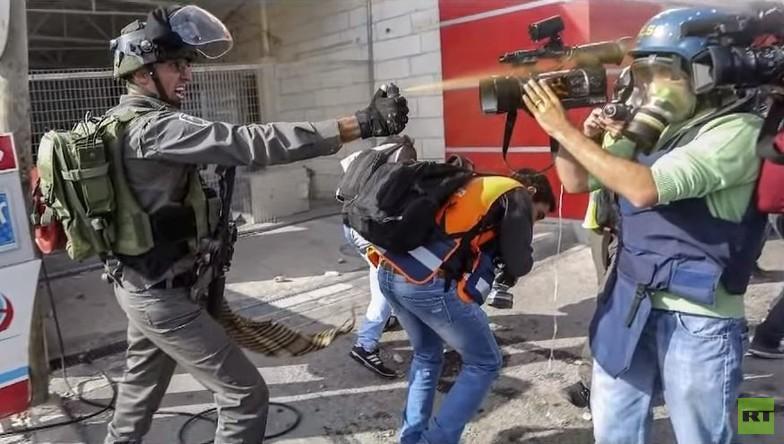 Israelische Armee greift gezielt Journalisten und Sanitäter mit Pfefferspray an