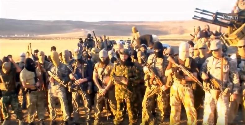 Russische Geheimdienste: 30.000 ausländische Extremisten in den Reihen des IS in Syrien