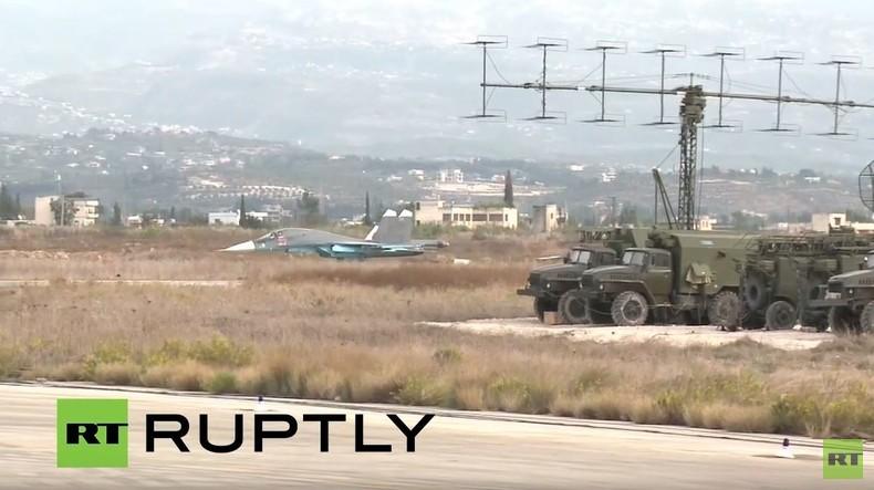 Live von der syrisch-russischen Luftwaffenbasis Hmeymim bei Latakia