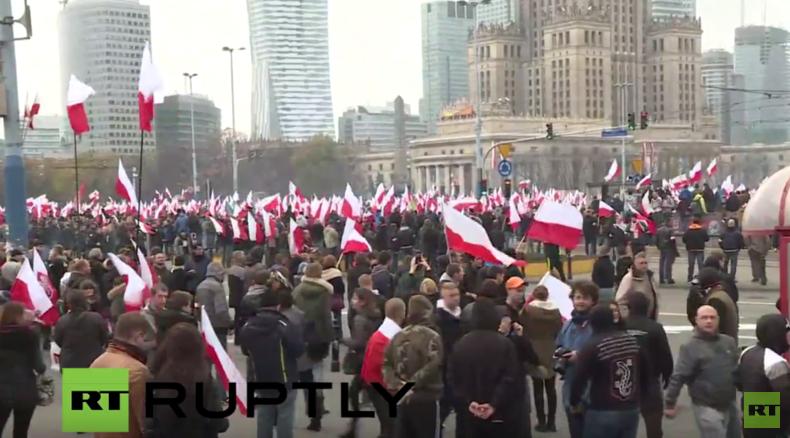 Live: Nationalisten marschieren zum Unabhängigkeitstag durch Warschau