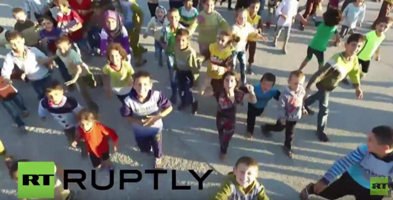 Syrien: Neu erbautes Flüchtlingslager nahe des russischen Luftstützpunkts in Latakia