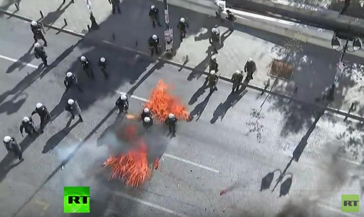 Griechen haben Sparpolitik satt - Heftige Auseinandersetzungen bei Generalstreik in Athen
