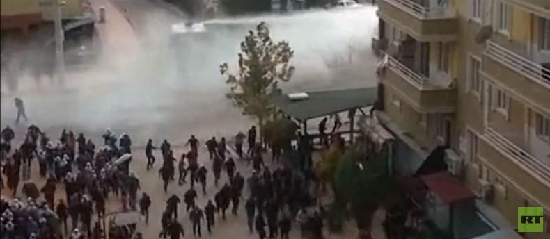 Türkei: Proteste in Silvan gewaltsam aufgelöst - Kämpfe gegen PKK dauern an