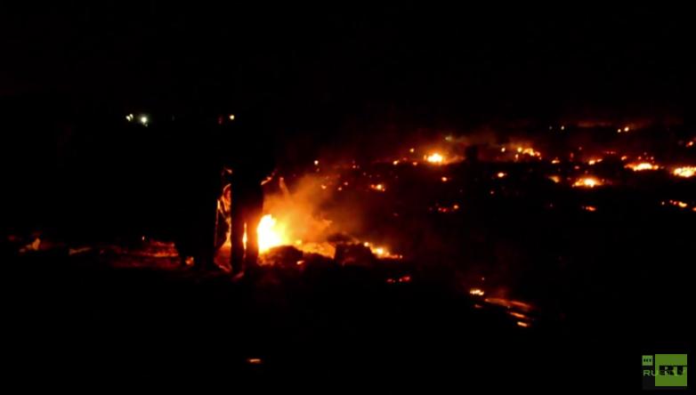 Wenige Stunden nach Paris-Attentaten: Großbrand in berüchtigtem Flüchtlingslager von Calais