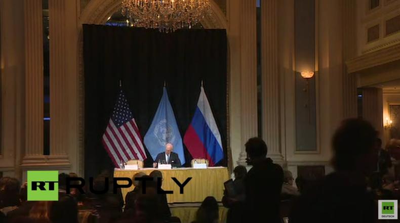 Live: Pressestatements von Lawrow und Kerry im Anschluss an Syrien-Konflikt-Gespräche in Wien
