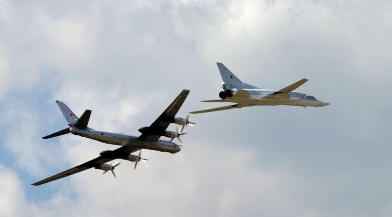 Moskau mobilisiert strategische Langstreckenbomber gegen IS - Zusammenarbeit mit Frankreichs Marine
