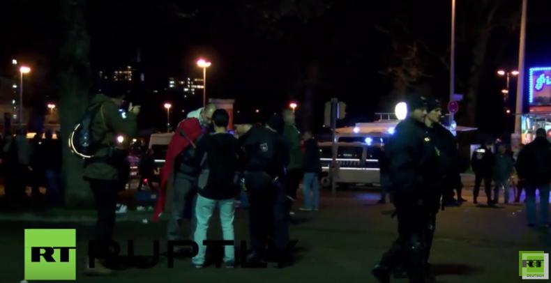 Evakuierung der HDI-Arena in Hannover nach akuter Terror-Gefahr