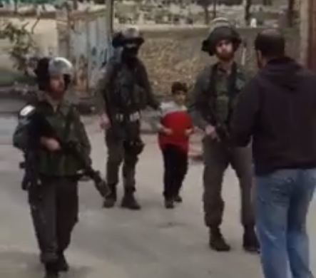 Israelische Militärs verhaften 6-jährigen Jungen in palästinensischem Flüchtlingslager