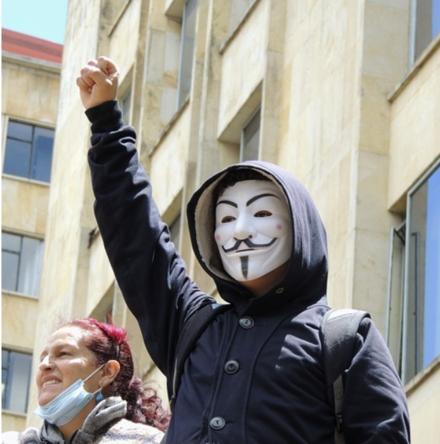 Anonymous für Anfänger - Hacktivisten geben Anleitung für Neulinge, um online gegen IS zu kämpfen