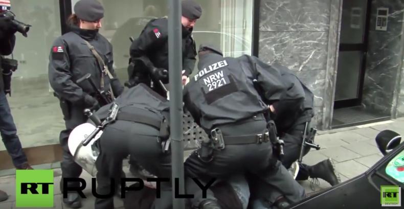 Köln: Mehrere Antifa-Anhänger bei Protest gegen Pro-NRW verhaftet