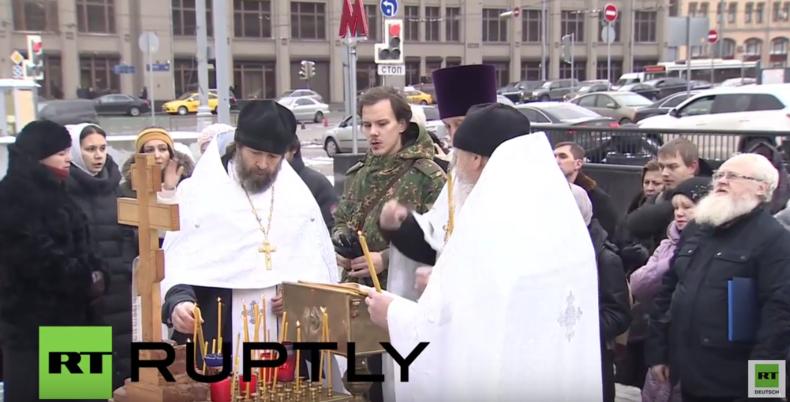Trauerzeremonie in Moskau für die in Syrien getöteten Soldaten