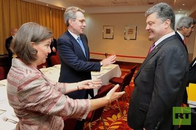 Präsident und Oligarch der Ukraine Petro Poroschenko im Gespräch mit seinen US-amerikanischen Gönnern
