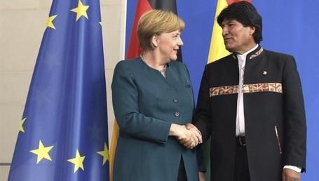 Der Präsident des Plurinationalen Staates Bolivien mit Bundeskanzlerin Angela Merkel