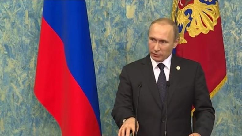 Putin: Su-24 wurde abgeschossen, um IS-Handelsrouten in die Türkei abzusichern