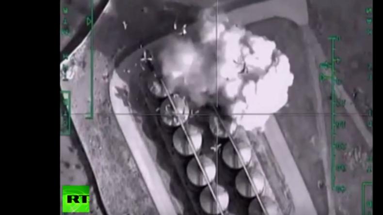 Syrien: Russland zerstört weitere von Dschihadisten besetzte Ölraffinerien