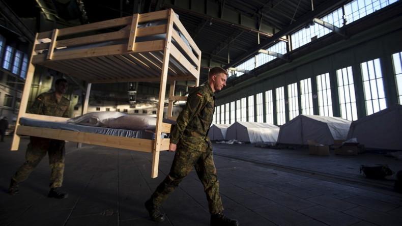 Flüchtlinge in Deutschland: Flughafen Tempelhof in Berlin wird zur Massen-Notunterkunft