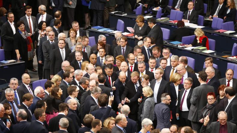 Bundestag stimmt für völkerrechtswidrigen Krieg - Klage vor Bundesverfassungsgericht aussichtslos