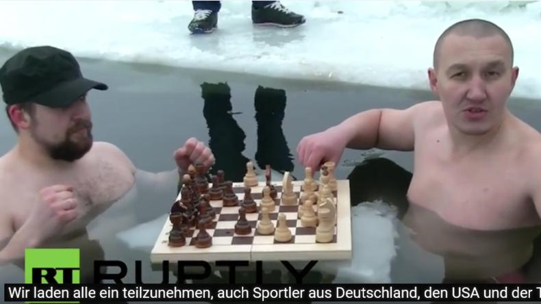 Wir laden jeden, auch Türken, Deutsche und US-Amerikaner, zu einer Partie Eis-Schach ein