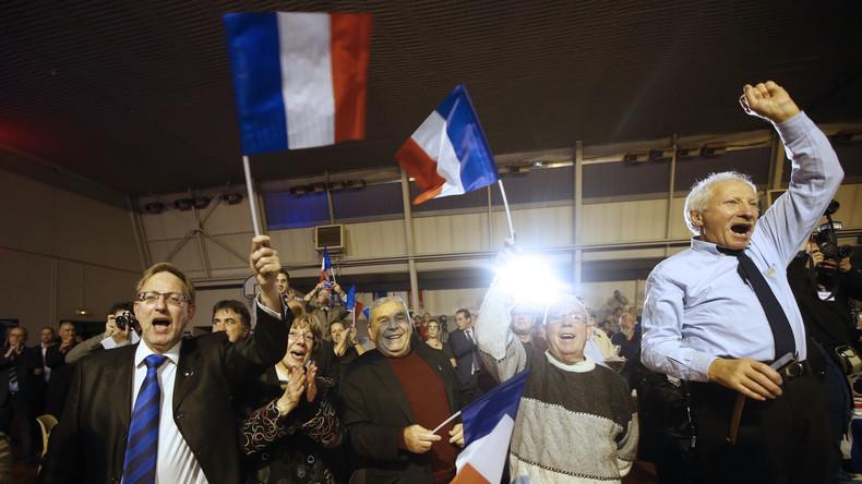 Unterstützer der Front National in der Côte d'Azur nach Bekanntgabe der ersten Ergebnisse
