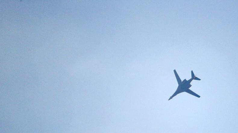 Russland: 4 Kampfjets der US-Koaltion flogen über Deir-Ezzo am Tag des Angriffs auf syrische Truppen