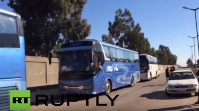 Syrien: Busse voll Militanter unter UN-Aufsicht evakuiert - Homs wieder unter Regierungskontrolle