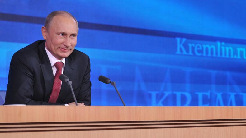 Live: Putin stellt sich den Fragen der Weltpresse auf  Jahres-Pressekonferenz - [dt. Übersetzung]
