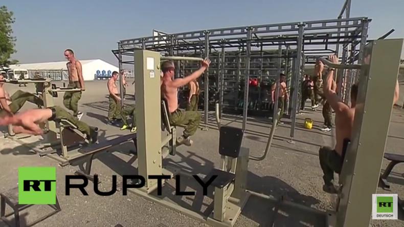 Syrien: Alltagsgestestaltung auf der russischen Luftwaffenbasis: Kantine, Fitness und Erholung