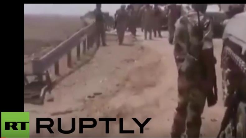 Luftangriff auf Verbündete: Video zeigt angeblich den US-Luftschlag  auf irakische Armee