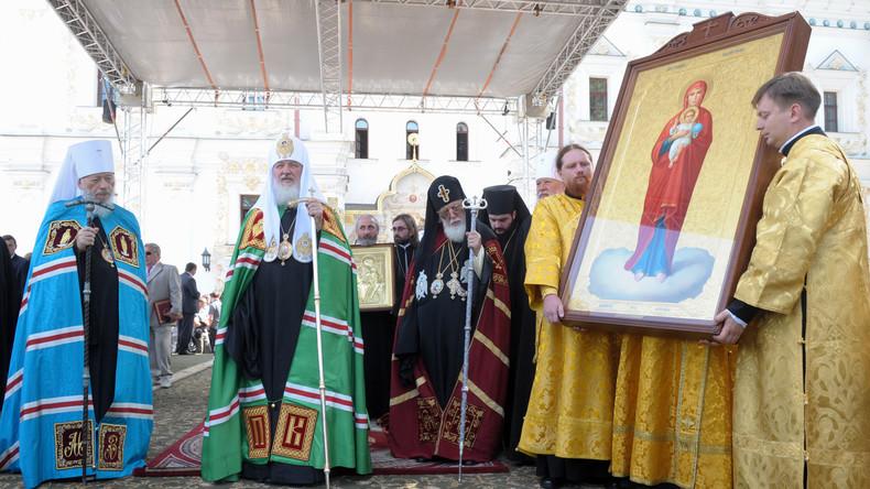 Ultra-Nationalisten entfachen Religionskrieg in der Ukraine: Angriffe auf Gläubige und Priester